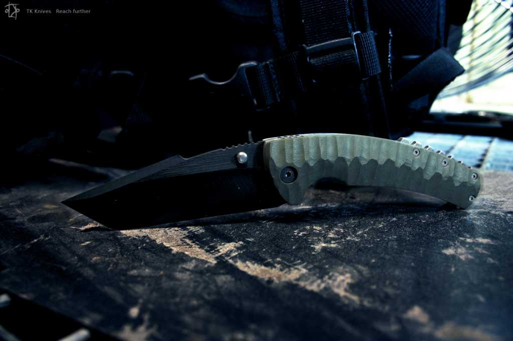 Tactical Spearhead tanto